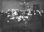 Первая Государственная Дума. Заседание Кадетского клуба. За первым столом 2-й слева князь Бебутов Д.О. Апрель 1906 г.