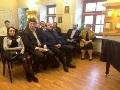 Парламентский клуб открыл «Парламентскую гостиную»